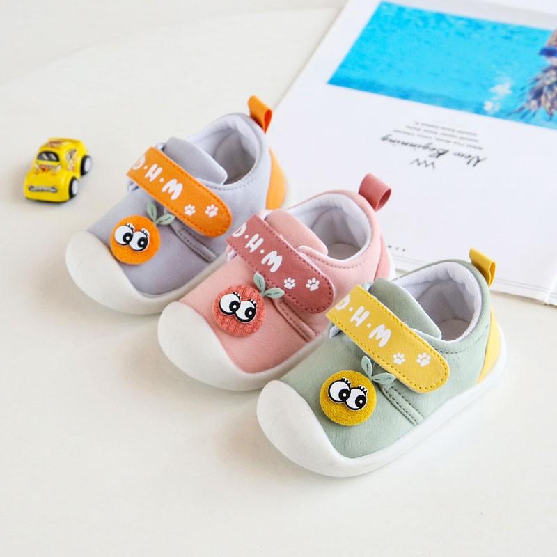 طفل حذاء الماشي بخطى متثاقلة يمشي للأطفال بنت فتى حذاء